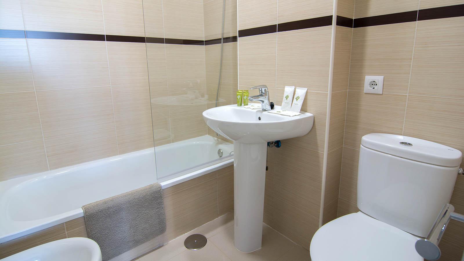 Apartamentos Conil Park 2 habitaciones Baño 1