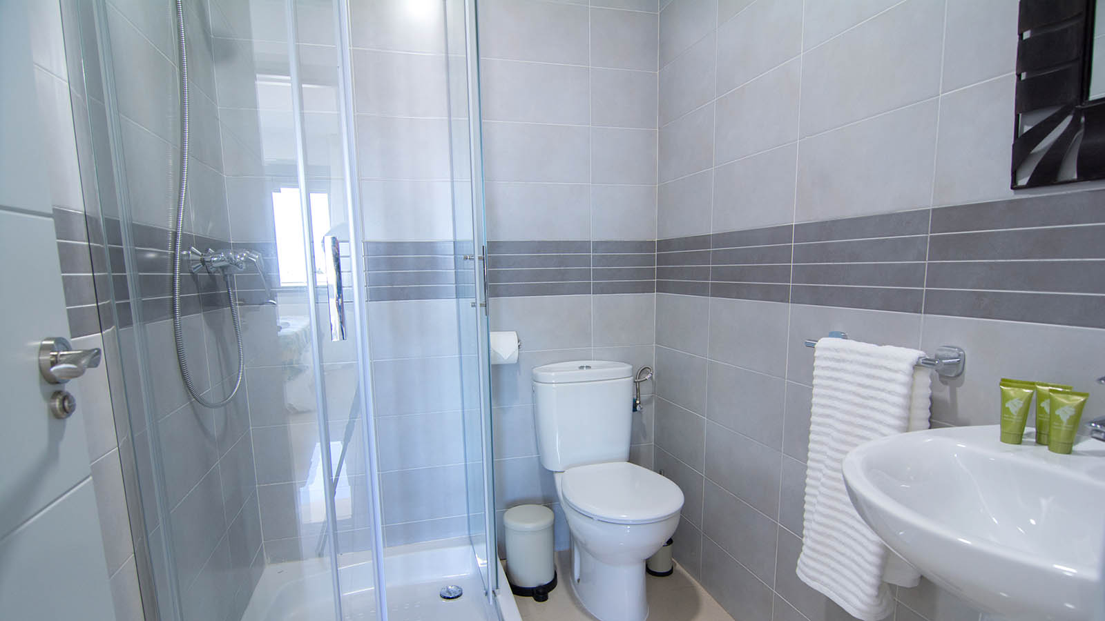 Apartamentos Conil Park 2 habitaciones Baño 2
